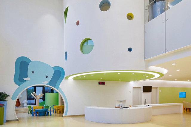 重庆佑佑宝贝儿童医院墙面铝单板