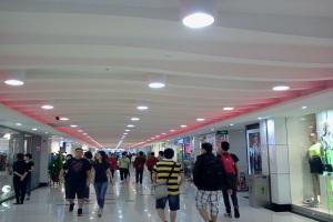 商场过道造型铝单板