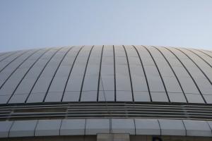 天面屋脊铝单板 正在屋顶天面安装铝单板