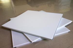 白色铝扣板