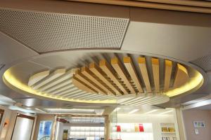 吊顶铝单板和铝方通