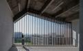 型材方通被用作阳台护栏