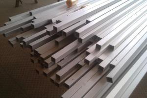 铝方管型材高端定制生产
