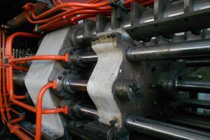 铝型材挤压原理