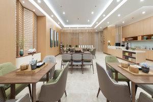 饭堂区安装木纹铝屏风
