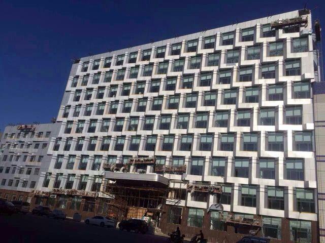 吉林敖东药业办公楼外墙铝单板