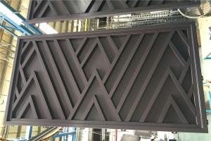 铝单板板面锁定铝方管