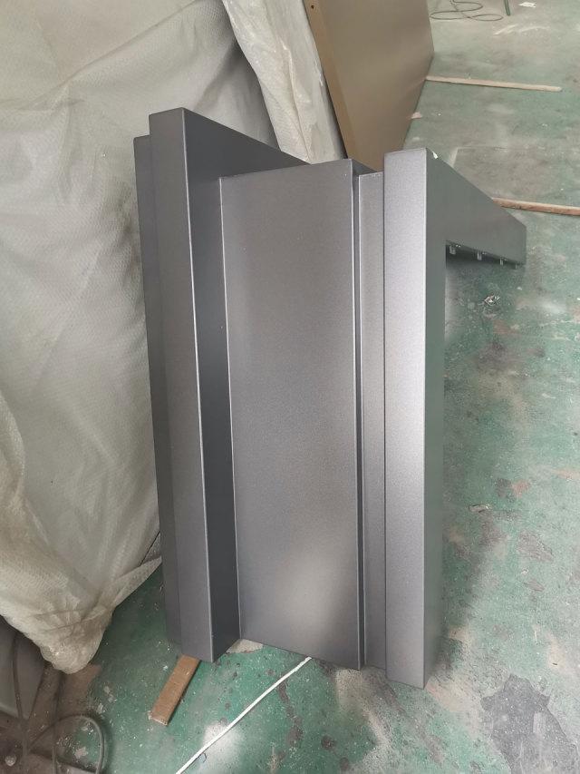 别墅阳台凹凸造型铝单板