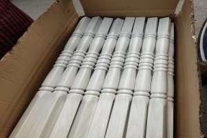 木纹色铝型材瘪管扶手