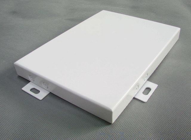 白色打沉头码密拼铝单板