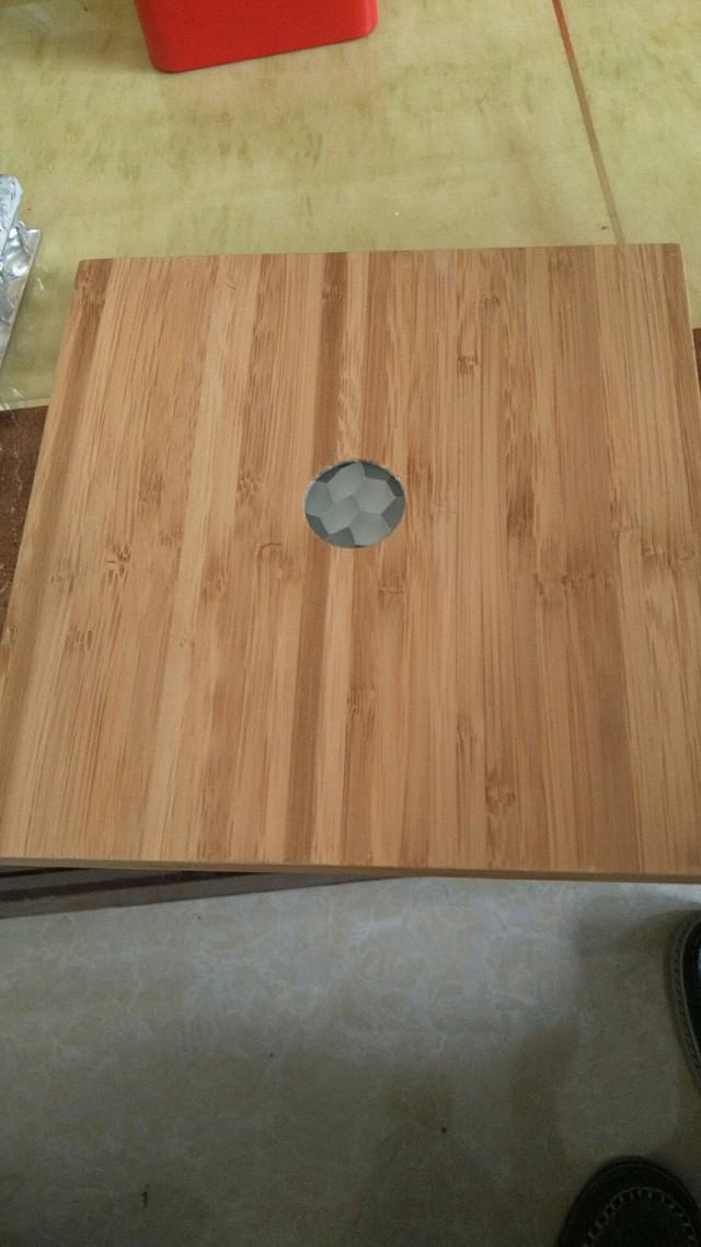 木纹色热转印铝蜂窝板