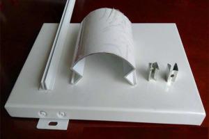 铝合金包柱圆角转角型材和卡槽