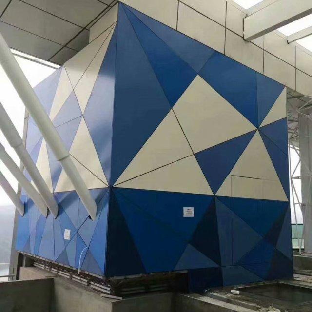 蓝白双色三角形拼装图案铝单板
