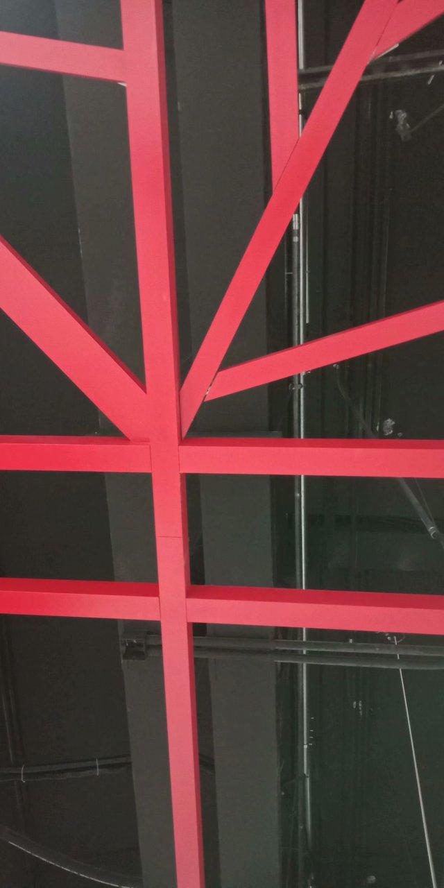 地铁站组合框架吊顶铝方通细节图
