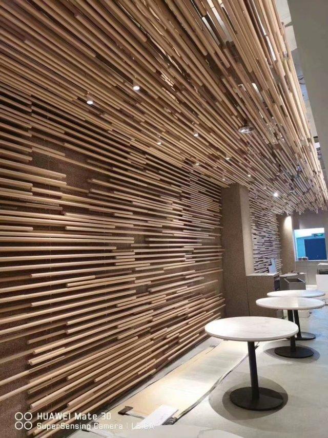 木纹铝圆管造型墙