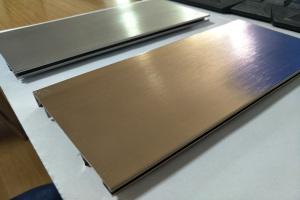 金色拉丝氧化踢脚线铝板