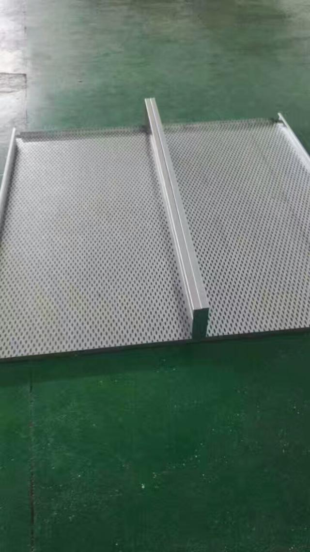 冲孔勾搭铝单板密拼效果