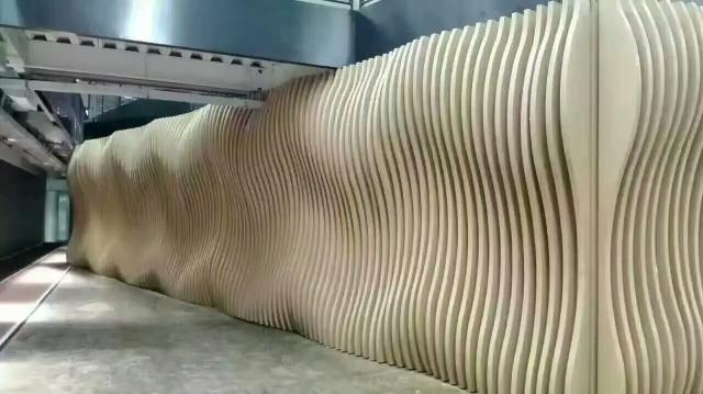 弧形铝方通造型墙