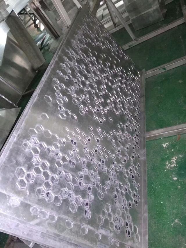 六角形冲孔铝单板坯料