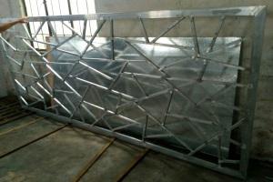 不规则图案焊接铝窗花