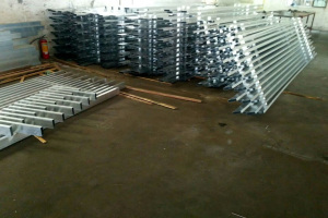 方管焊接铝合金屏风半成品