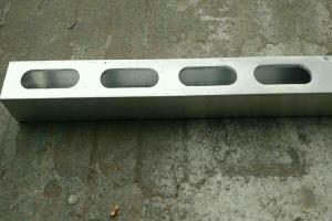 铝方管冲椭圆孔