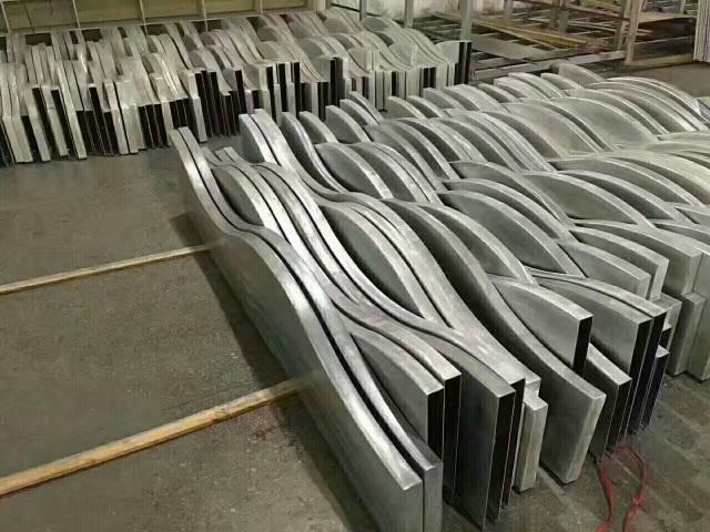 40宽300高弧形铝方通坯料