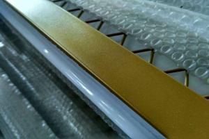 铝型材喷金色金属烤漆
