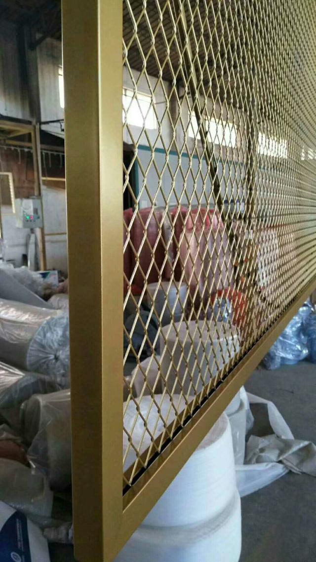 金色氟碳烤漆铝合金拉网板