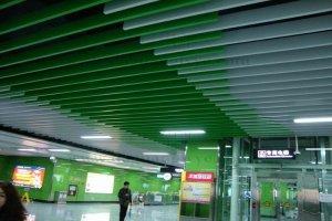 地铁双色型材铝方通吊顶
