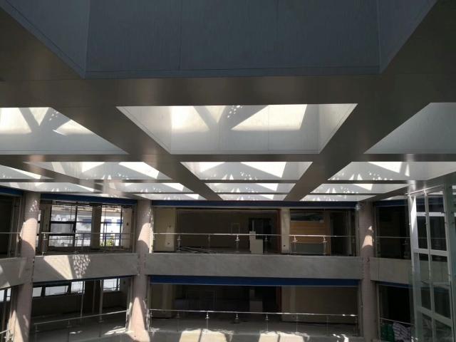 商场中庭透光造型镂空铝单板