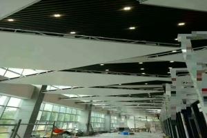4S店方形开放式吊顶铝单板