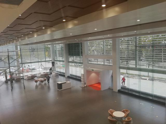 广汽本田4S店凹凸造型木纹吊顶铝单板局部细节
