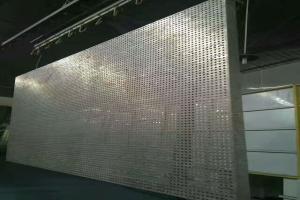 冲5.0mm圆孔铝单板