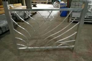 花格护栏铝窗花半成品