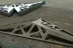 镂空雕刻三角锥形造型铝单板