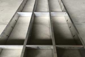 100高*10底规格铝格栅