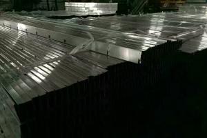 铝格栅全自动冲孔、成型生产线