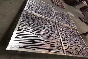 乱纹雕刻铝合金屏风