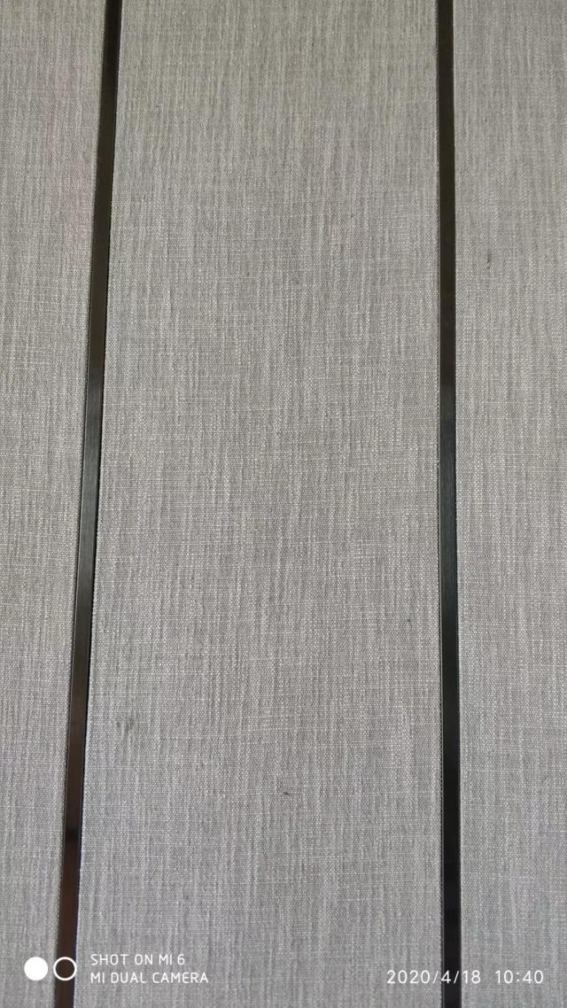 条形复合锥心三维瓦楞板和T形装饰条