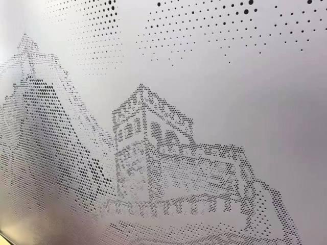万里长城图案冲孔拼花铝单板