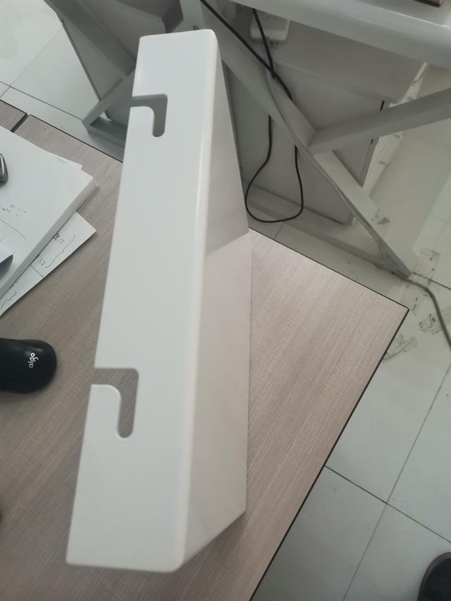 高光白色干挂铝单板侧面细节