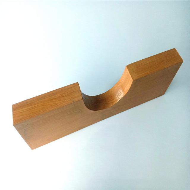 木纹色凹槽造型铝方管