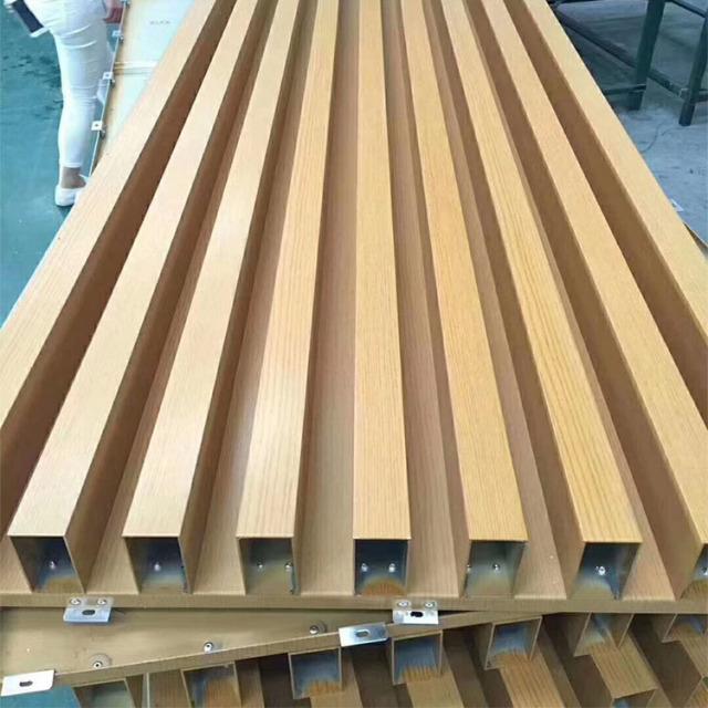 铝方管铆接在铝单板上组合凹凸铝单板