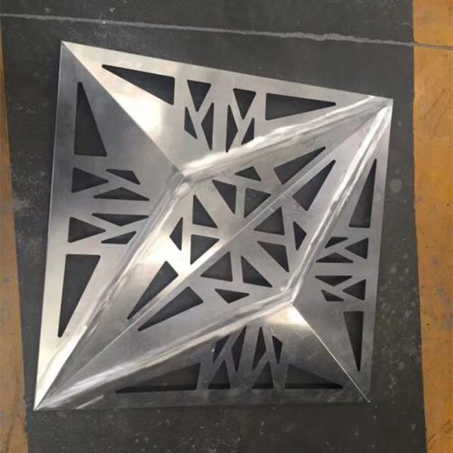 四角锥形镂空凹凸造型铝单板