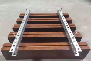吊顶木纹铝方通型材 体育馆吊顶吸音铝方通
