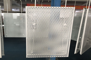 冲10mm圆孔铝单板