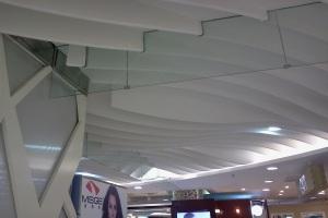 商场造型弧形方通吊顶