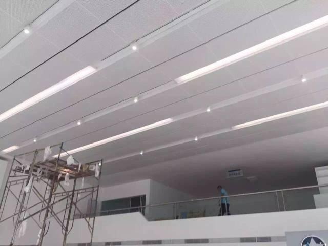 常规吊装铝单板