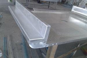 造型冲孔铝板